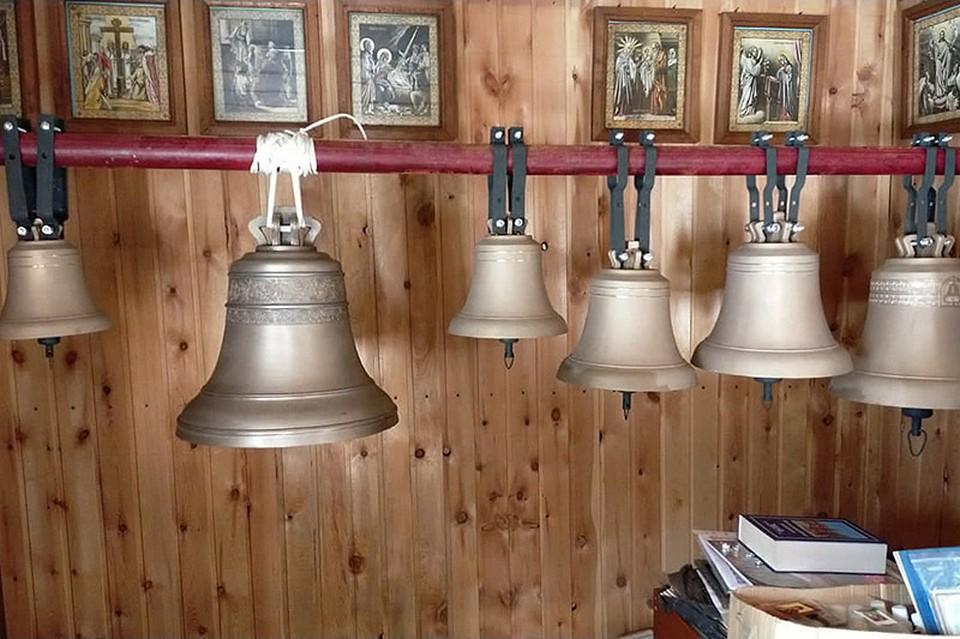 В орловском селе Спас-Чекряк открыли малую звонницу. Фото: Орловская митрополия
