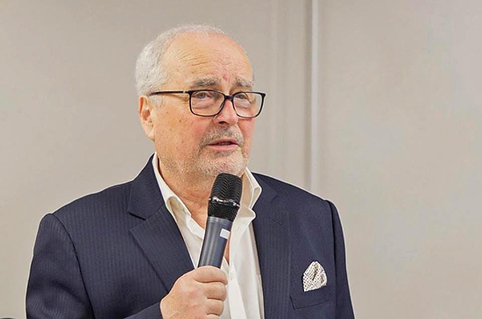 В Кишиневе от осложнений от коронавируса умер Владимир Новосадюк.