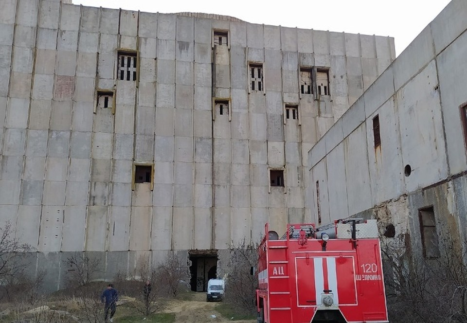 Девушке чудом удалось выжить после падения в реактор. Фото: Подслушано Щелкино / Вконтакте