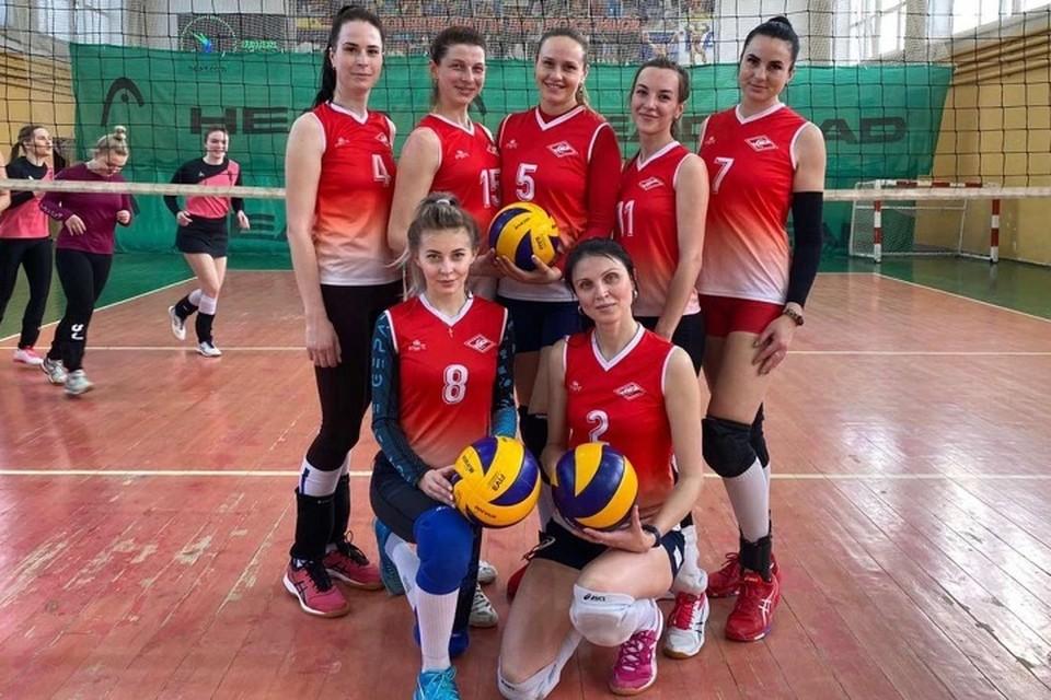 Брянские волейболистки победили в чемпионате области.
