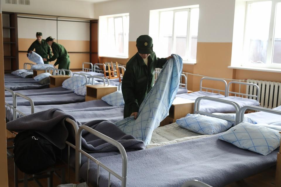 По итогам шести месяцев призывникам будет выдан военный билет с отметкой о прохождении военной службы в рядах Народной милиции Донецкой Народной Республики (архивное фото)