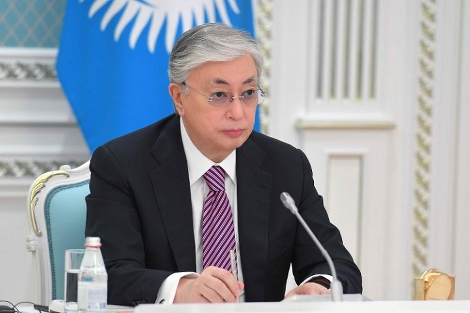 В своем выступлении глава государства отметил, что для всех тюркских народов Туркестан является землей отцов, благословенным местом и родным очагом.