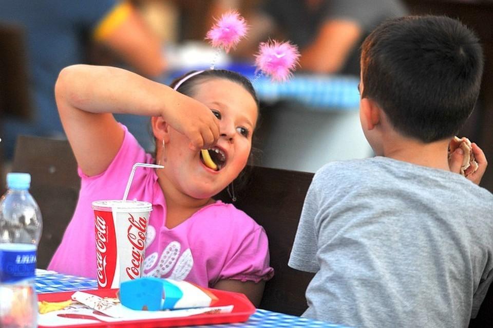 Названы регионы России, в которых дети чаще всего страдают ожирением