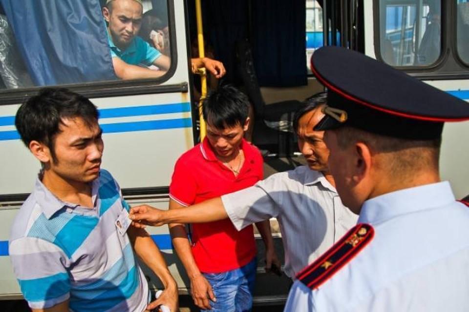 Полицейские Кирова провели операцию по выявлению нелегальных мигрантов.
