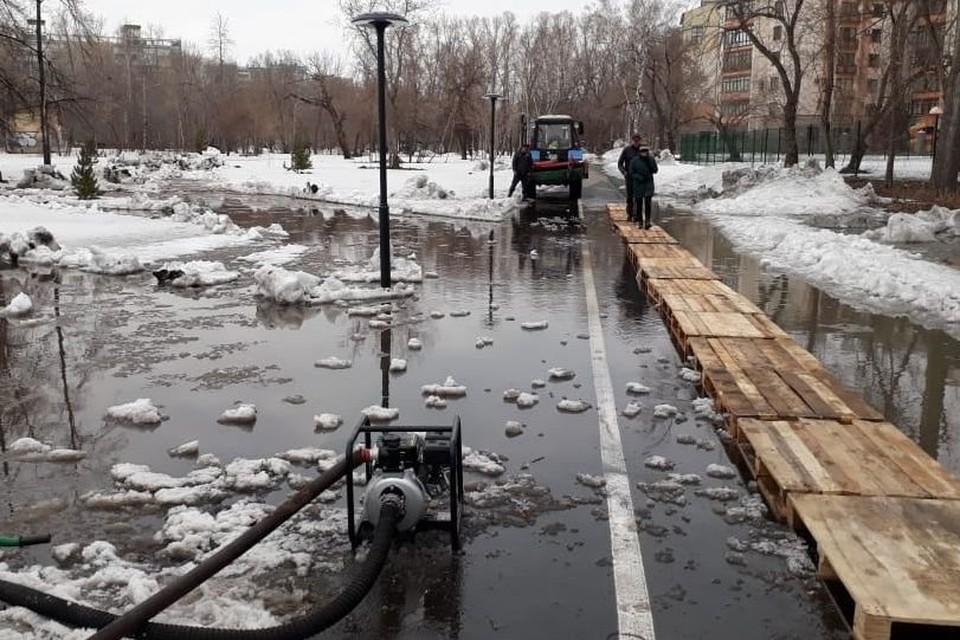 Паводок в парке. Фото со страницы Владислава Вакаева в Facebook