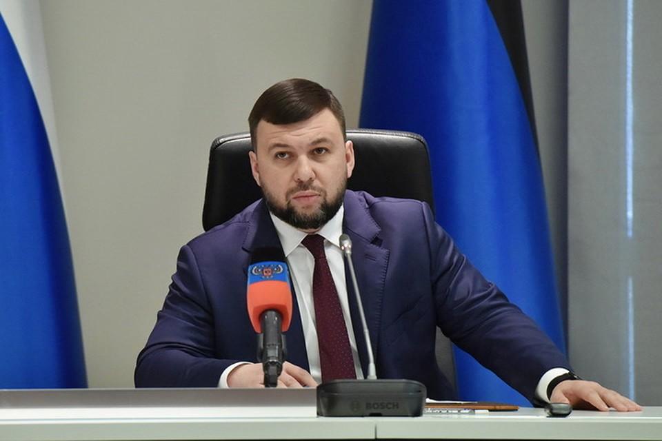 Денис Пушилин в прямом эфире отвечает на вопросы журналистов. Фото: denis-pushilin.ru