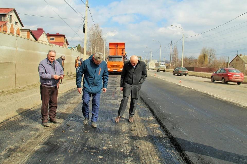 Мэр Орла не оценил ремонт дороги, после которого появились ямы. Фото: пресс-служба администрации города