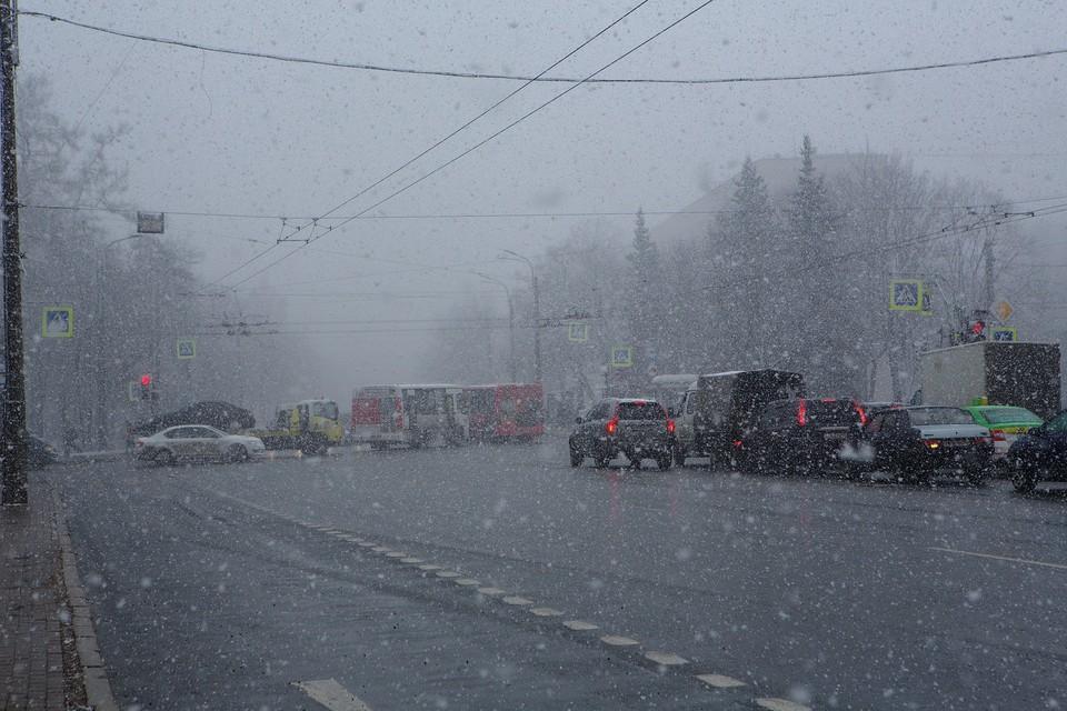 Сильный снегопад накроет Ленобласть вечером 7 апреля