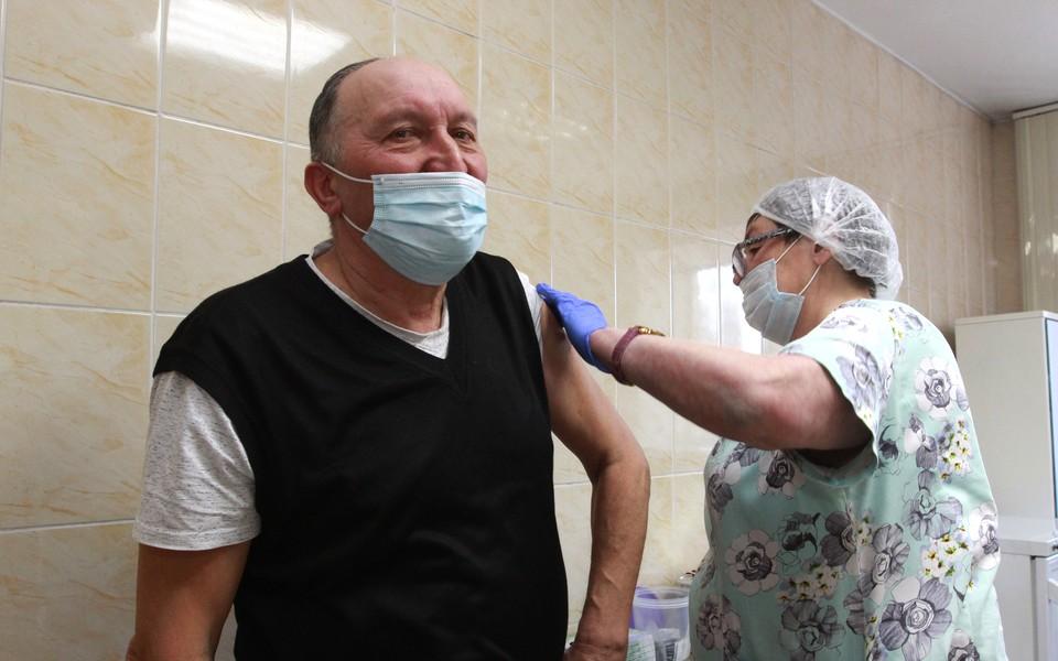 Жители Томской области пока могут поставить прививку от коронавируса только препаратом «Спутник V».