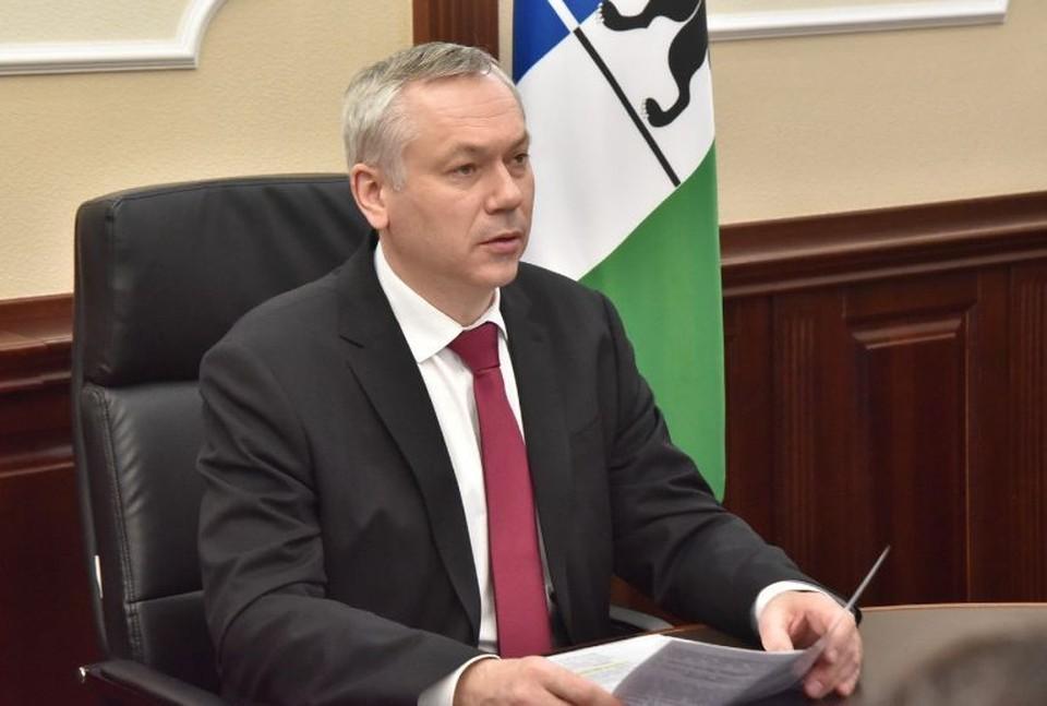 Губернатор Андрей Травников на личном приеме рассмотрел обращения сибиряков. Фото: Правительство Новосибирской области