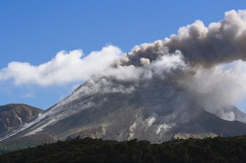 Вулкан Суфриер расположен в северной части острова Сент-Винсент