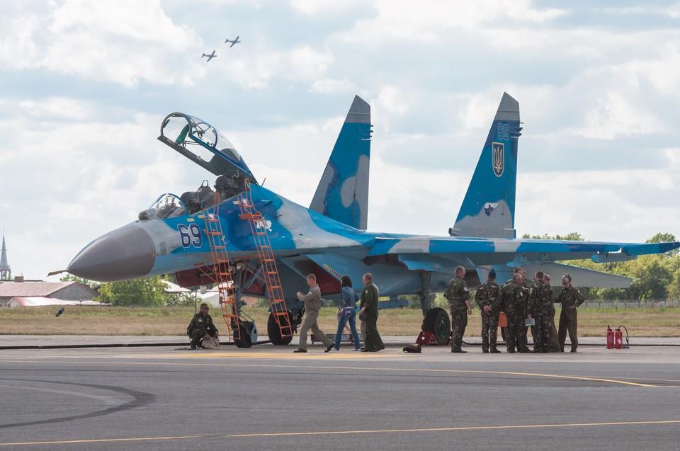 Большая часть авиационной техники на Украине была либо распродана, либо утилизирована.