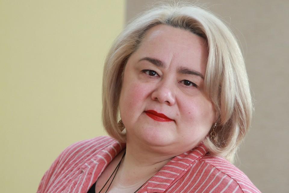 Нотариус Ирина Прокопьева.