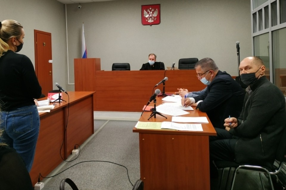 В суде скоро начнут допрашивать подсудимых по делу о массовом отравлении пермяков.