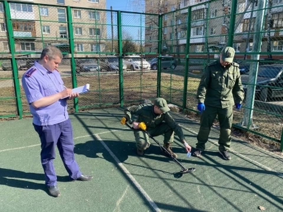 Следователи ищут стрелявшего из пневматики по детям на детской площадке в Нижегородской области. ФОТО: СУ СК РФ по Нижегородской области