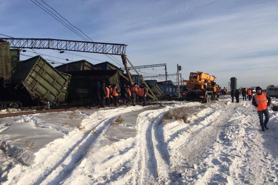Виновники схода 30 вагонов с углем в Иркутской области понесут наказание