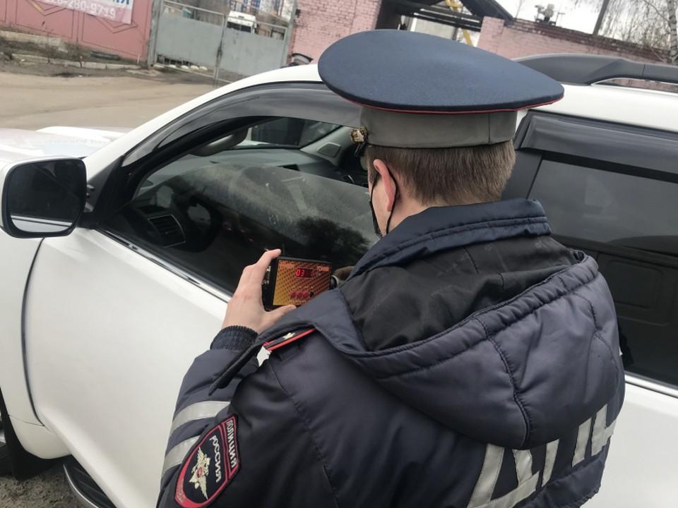 В Орле проходит рейд по выявлению машин с тонировкой. Фото: УМВД России по Орловской области