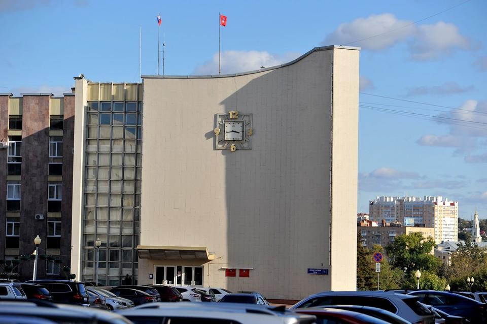 Потасовка депутатов на скандальной сессии горсовета Орла дошла до полиции