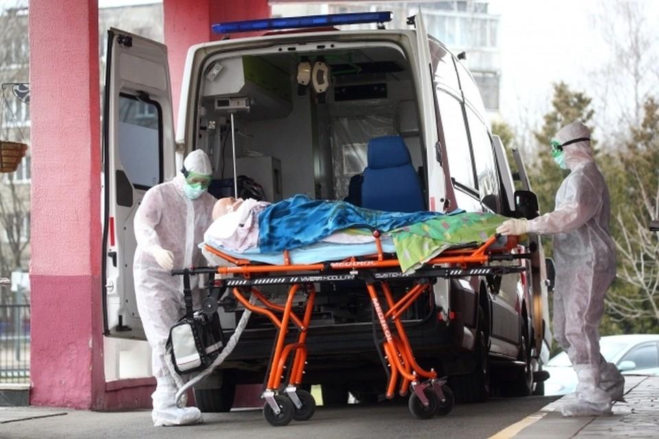 Скончались от инфекции всего на данный момент 885 пациентов.