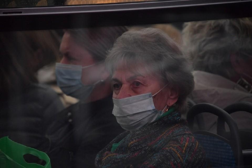 Сибирячку возмутил водитель автобуса, нахамивший пенсионерам.