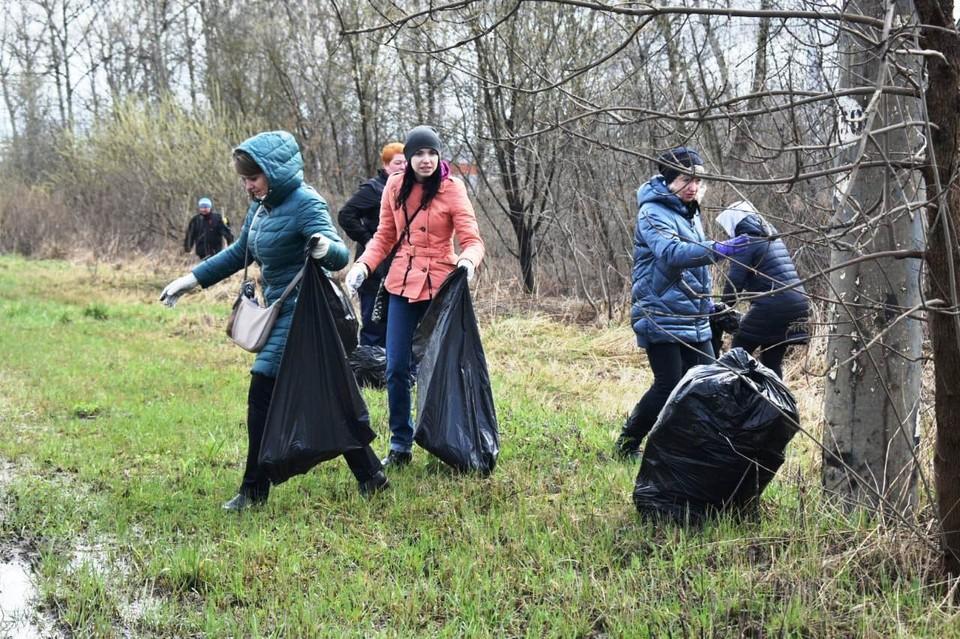 Орел присоединился к Всероссийскому субботнику и очистился от 645 кубических метров мусора. Фото: пресс-служба администрации города