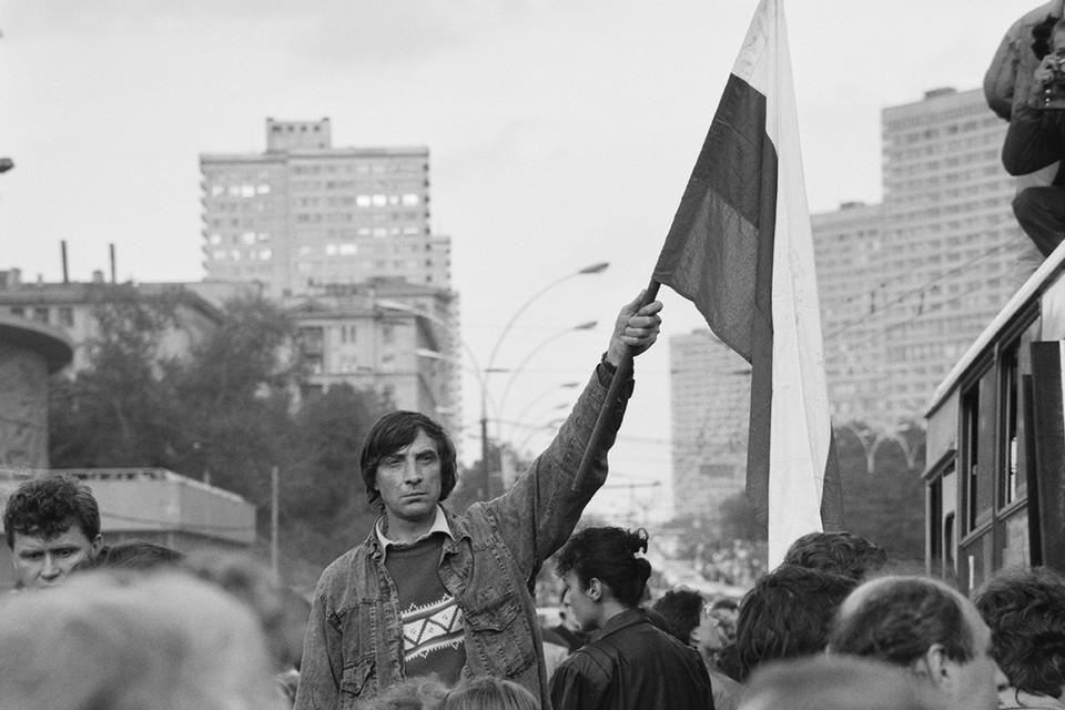 30 лет назад был подписан проект Союзного договора, который начал хоронить СССР. Фото: Христофоров Валерий/Фотохроника ТАСС