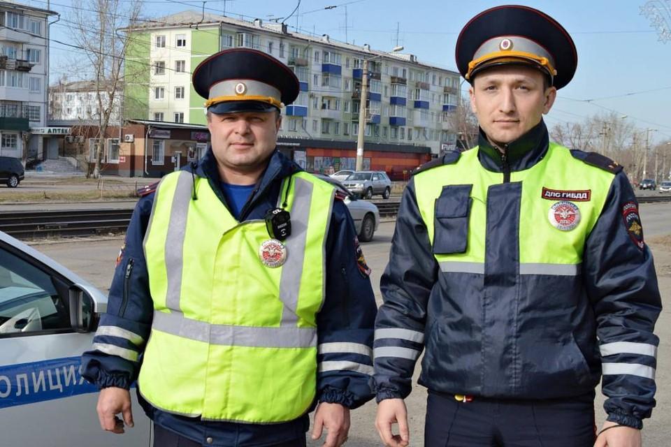 Счет шел на минуты: в Усолье-Сибирском экипаж ДПС спас мужчину, потерявшего сознание