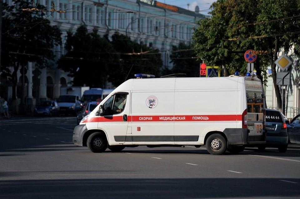 Андрей Клычков поздравил с праздником сотрудником скорой медпомощи