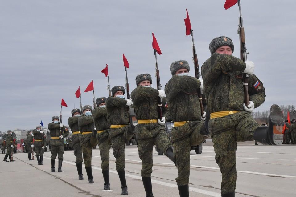В центре Кемерова перекроют движение из-за репетиции парада