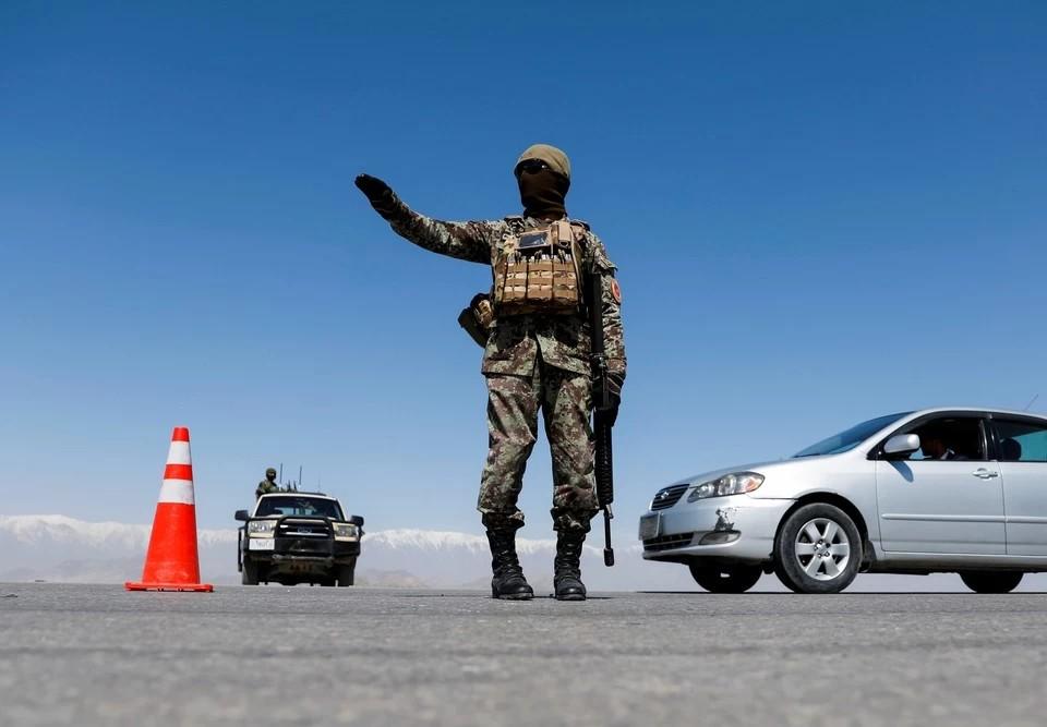 Глава пограничной службы Кыргызстана срочно вылетел к границам Таджикистана