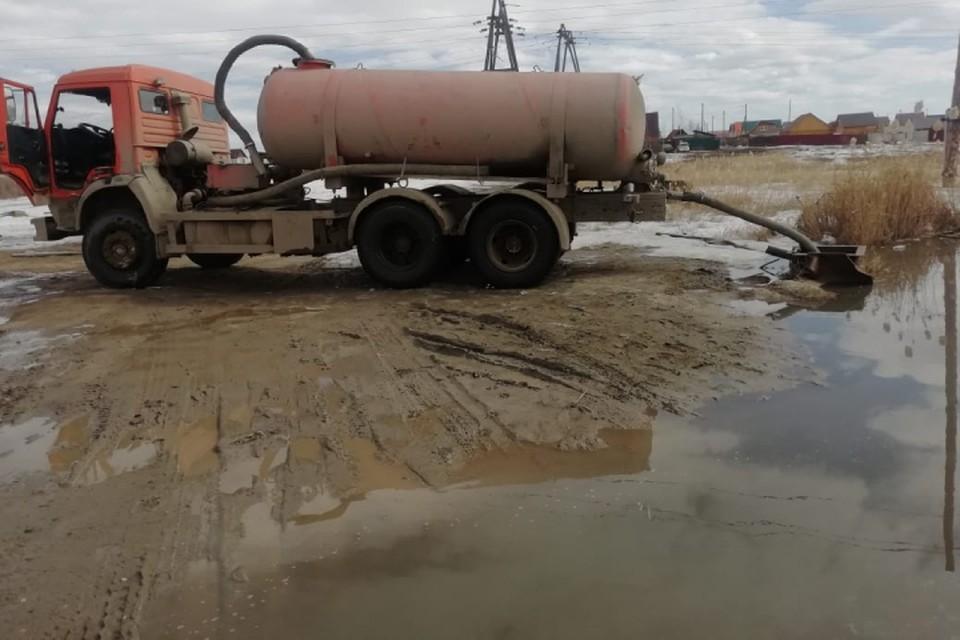 В Якутске резкое потепление обернулось масштабным подтоплением улиц ФОТО: мэрия Якутска