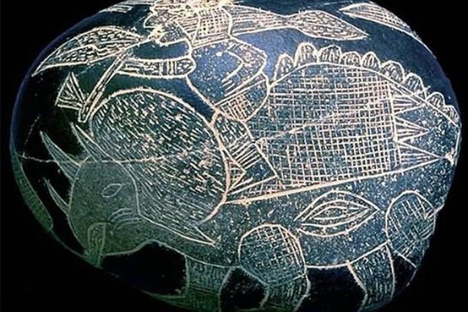 Наши предки весьма точно изображали динозавров задолго до того, как о них вообще стало известно. Фото: Thegreatpicture.com