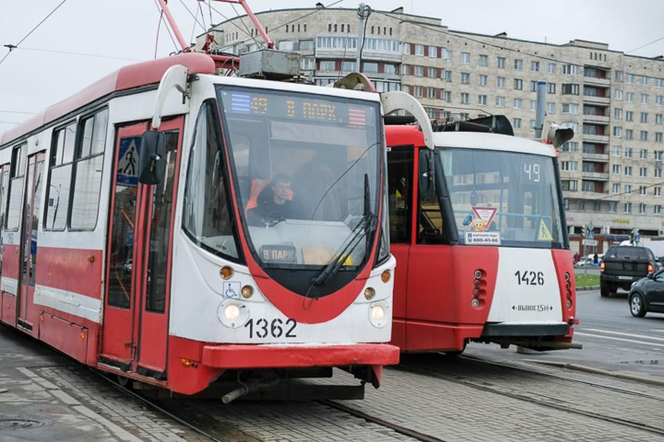Ремонт почти на месяц изменит или закроет шесть трамвайных маршрутов: 9, 38, 40, 55, 57 и 61.