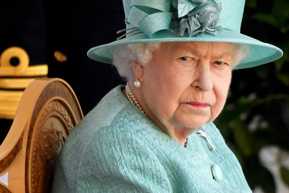 Пресс-служба королевской семьи сообщает, что часть прибылей от продаж направляется в благотворительные фонды
