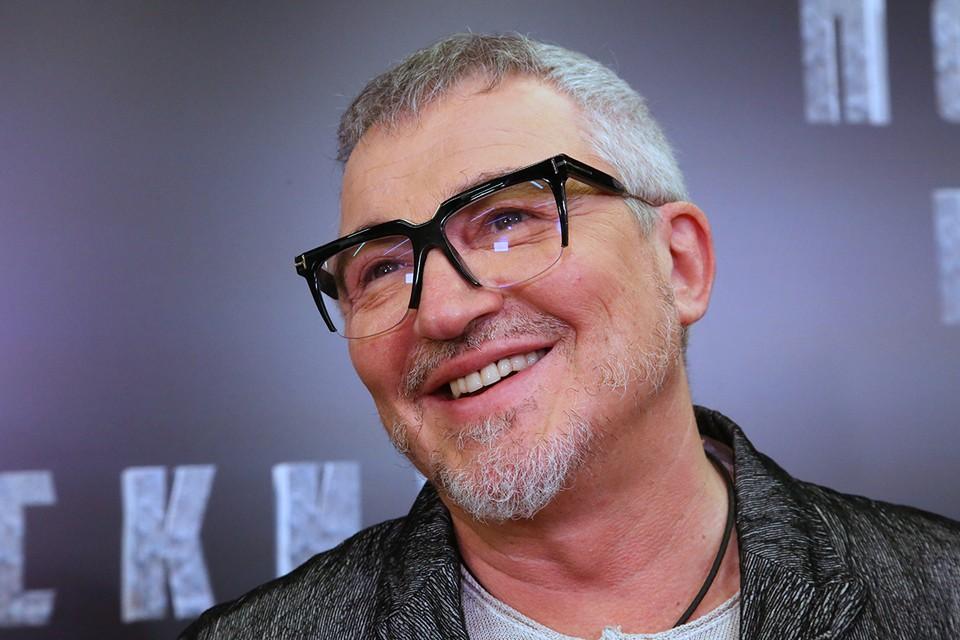 Телеведущий Дмитрий Дибров.