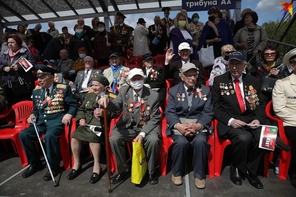 На 1 апреля в Беларуси насчитывалось 3337 ветеранов ВОВ. Это на полторы тысячи меньше, чем год назад. Фото из архива