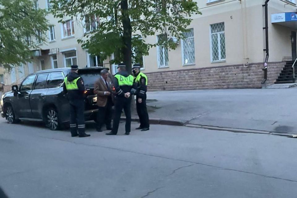 В странном вождении экс-губернатора Липецкой области разбирается полиция