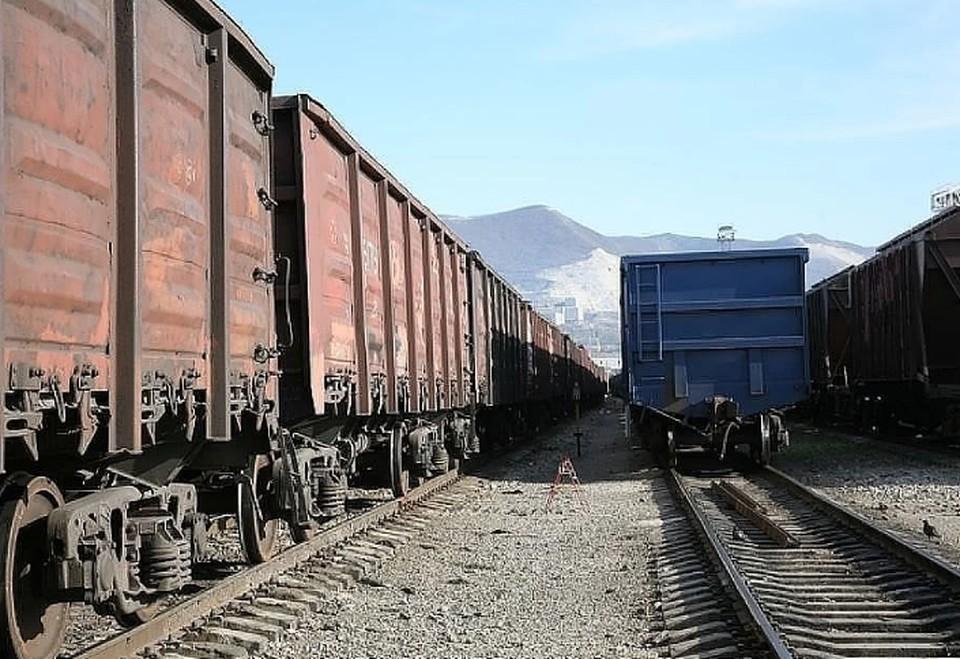 14 апреля, на железнодорожном перегоне между станциями Пермь-2 и Бахаревка грузовой поезд сбил 13-летнего мальчика.