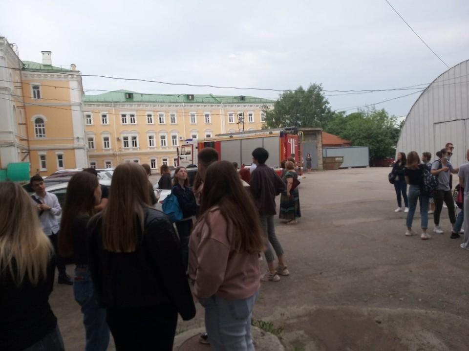 Срабатывание пожарной сигнализации в Рязанском госуниверситете утром 28 мая оказалось ложным.