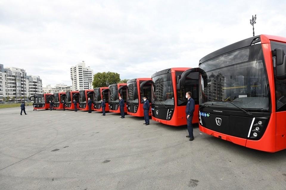 Один электробус стоит как три обычных автобуса на газомоторном топливе. Фото: metshin.ru