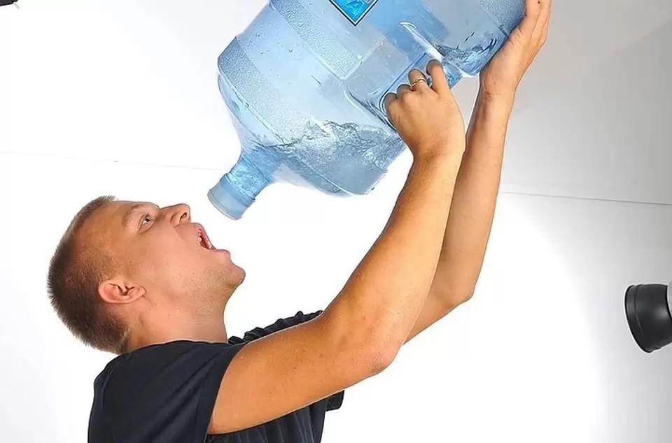 Симферопольцам рекомендуют сделать запасы воды на несколько дней.