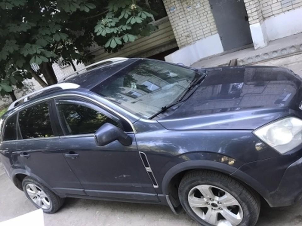 Мужчина лишился автомобиля из-за долгов. Фото пресс-службы УФССП по Саратовской области