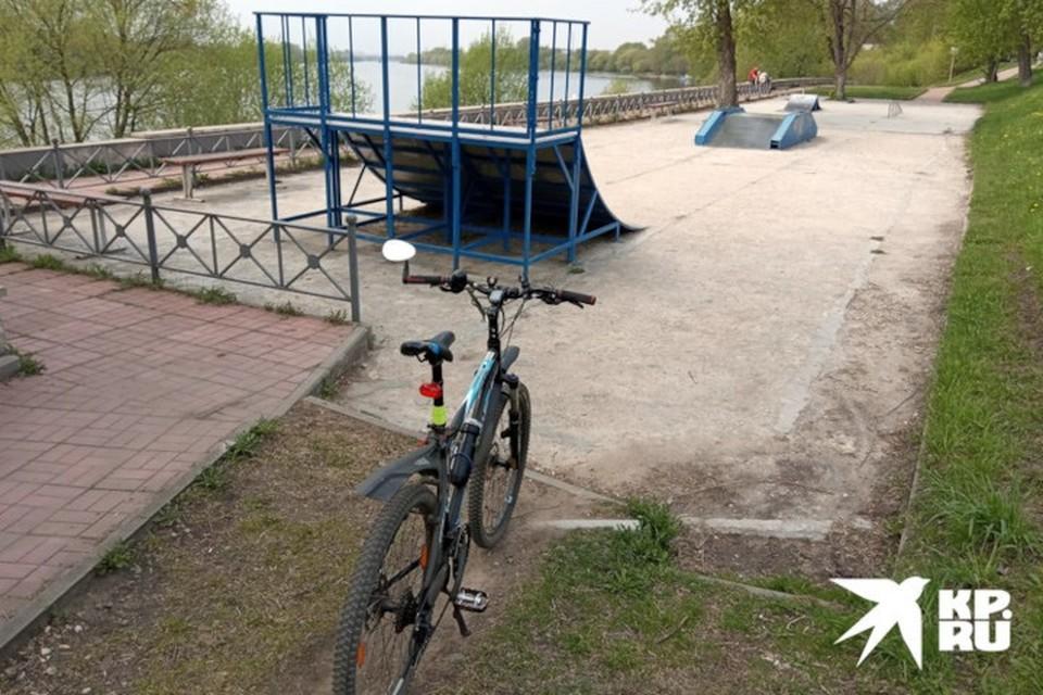 В Тверской области 28-29 мая воры поживились семью велосипедами на 90 тысяч рублей.