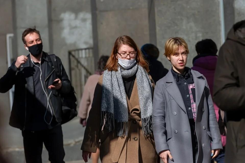 В Петербурге на 11% выросло количество зараженных коронавирусом за минувшую неделю.