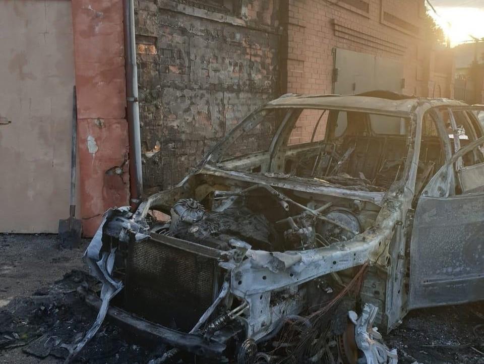 У Алексея Воробьева сожгли уже несколько машин