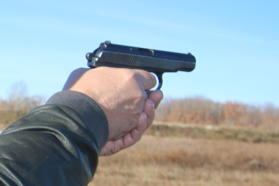 На стрелявшего в Радице –Крыловке мужчину завели уголовное дело.