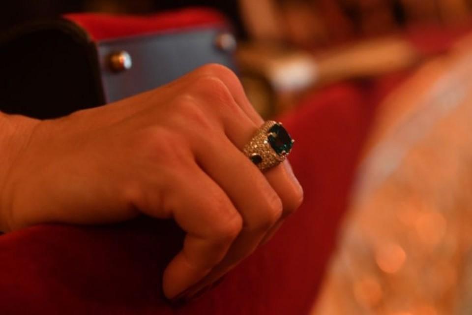 В Ярославской области женщина украла у подруги ювелирные украшения