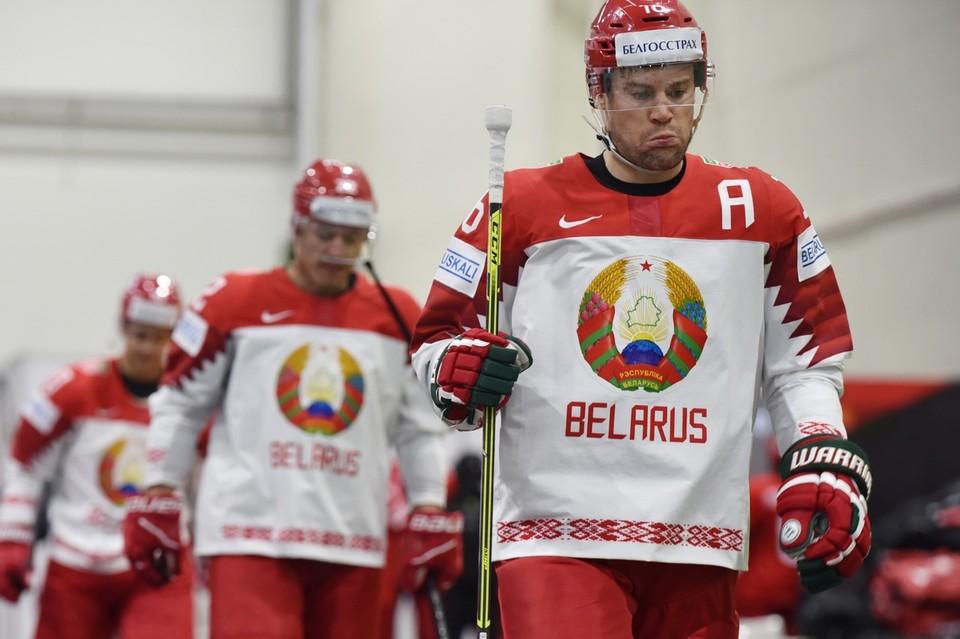 Беларусь разгромно проиграла России. Фото: vk.com/hockey_bel
