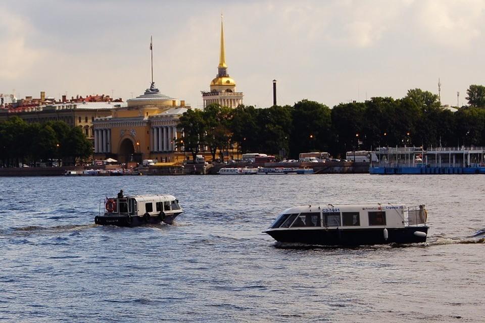 Нева в Санкт-Петербурге.