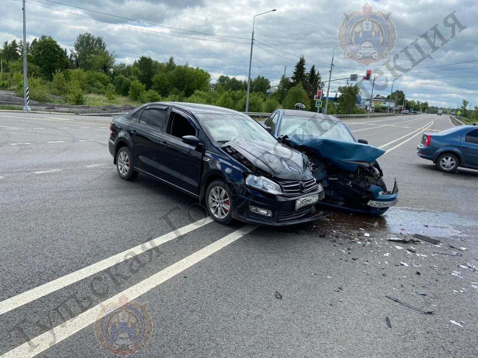 В аварии на трассе в Тульской области пострадали двое детей